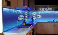 yunus balık desenli mutfak arası panel, 3 D mutfak arası cam duvarlar, üçboyut mutfak arkası cam, cam paneller, cam dekor, mutfak dekor, dekoratif mutfak dolap arası cam