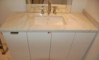 bianco carrera mermer banyo tezgahı uygulaması, mermer carrera beyazı banyo, mermer banyo tezgahı