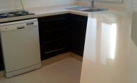 Cimstone Arcadia Mutfak Tezgahı , Çimstone yi granitten ayıran en büyük özelliği gözeneksiz yapısıdır.
