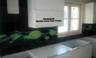 Mutfaklarınız Camlansın. Cama sanat katan Triadoor panel uygulamaları. Mutfaklar için hijyenik ve estetik bir ürün olan triadoor 6mm. kırılmaz ve yanmaz camdan imal edilir. Kırılma direnci oldukça yüksektir.