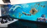 Okyanus dibi desenli 3D mutfak panelleri. Mutfakların denizlere açılan penceresi triadoor mutfak panelleri.