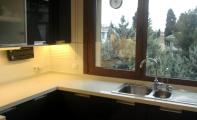 Çimstone aynalı ürün Mirat Mutfak Tezgahı uygulaması. Çimstone sert yapısı ile darbelere dayanıklı bir üründür.