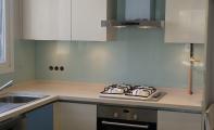 cam mutfak fayansı, mutfakta cam uygulamaları, cam tezgahlar, mutfak fayans modelleri