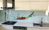 çimstone arcadia beyazı mutfak tezgahı, mutfak tezgah arkası 3 boyutlu cam uygulaması