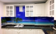 Maldivler manzaralı mutfak arkası cam panel kaplama, üç boyut cam, 3D cam, 3d campanel, 3boyutlu cam mutfak, 3 boyut dekor, 3 D  Dekoratif cam paneller