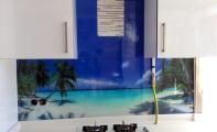 mutfak arası resim kaplama, resim baskılı mutfak tezgahları, manzara resimli mutfak panosu, resimli mutfaklar, mutfak tezgah arkası resim, mutfak arası resimli fayans, mutfak arası alternatifler, deniz-kumsal desenli mutfak paneli, yeni mutfak fayansları, en güzel mutfak modelleri,  ödüllü mutfak tezgahları, tezgah arası resim, tezgah arkası resim, resim baskısı yapılmış mutfak tezgahları, tezgah arası ideal çözümler,  kolay temizlenen mutfaklar, hijyenik mutfaklar, kıskandıran mutfaklar için triadoor seçin