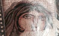 resimler, logolar,tablolar, figürler artık duvarlarda taşla hayat buluyor.