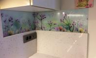 Mutfak arkası için dekoratif çözümler. Dekorlu cam panel kaplama. Triadoor Dekoratif Cam.
