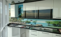 Mutfak tezgah arkası için estetik çözümler..Triadoor mutfak arası cam panel çözümleri.