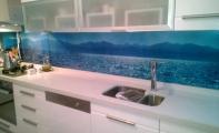 Acrylic mutfak arası manzara baskılı panel kaplamaları.