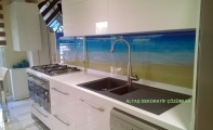 Mutfak tezgah arası dekoratif panel kaplamalar. Triadoor mutfak arası resimli paneller.