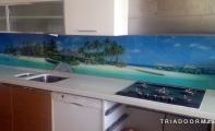 Mutfak tezgah üstü çözümleri. triadoor mutfak arası resimli cam kaplamalar. Kişiye özel üretim imkanı sunan cam paneller eksiz olup hijyenik kullanımlar sunar.
