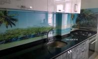 Tezgah Üstü Dekorlu Cam kaplama - Triadoor mutfak panel camları.